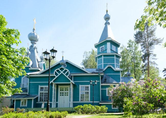 Лисий Нос. Владимирская церковь.