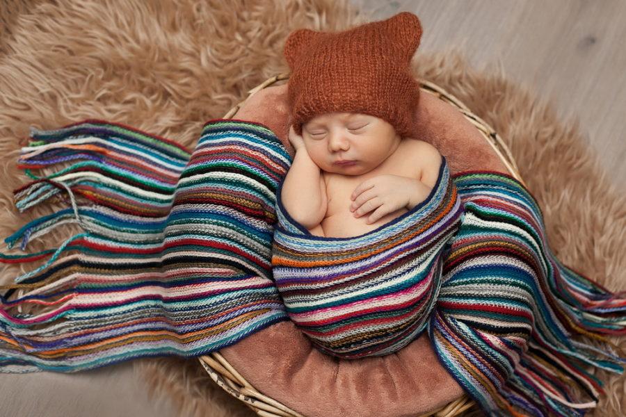Фотограф на фотосъемку новорожденного спб