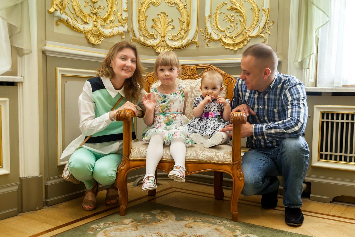 Детская регистрация во Дворце Малютки фотограф Денис Шмигирилов
