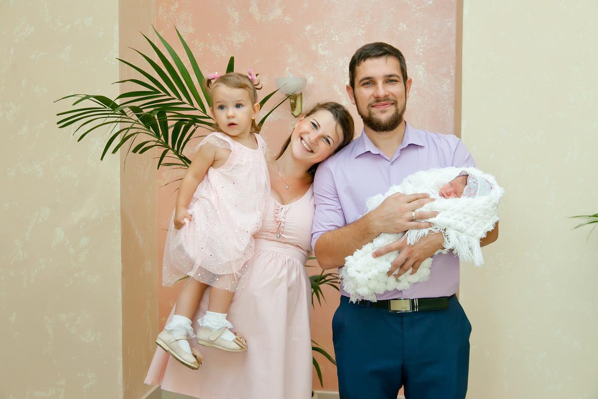 Фотограф на выписку из Роддома,Денис Шмигирилов,семейный фотограф