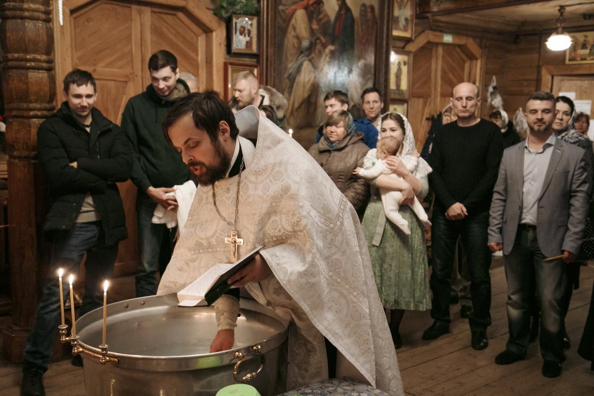 Крещение в Церкови иконы Божией Матери